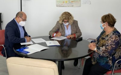 The San Fulgencio City Council signs a collaboration agreement with the Esperanza Pertusa Foundation for two years