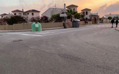 La Policía Local de San Fulgencio multa al dueño de una empresa por abandonar enseres en la vía pública