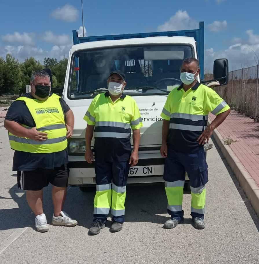 San Fulgencio contrata a tres personas desempleadas para realizar tareas de mantenimiento en el municipio